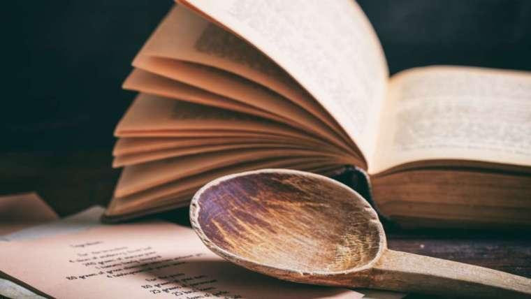 Karácsonyi könyvajánló – Bűvös szakács